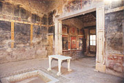 Nice example of tuscanic atrium in Pompeii 